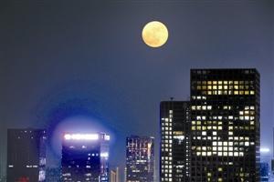 """在深圳遇见""""超级月亮"""""""