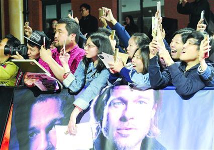 布拉德・皮特首度来华昨抵沪宣传新片《间谍同盟》