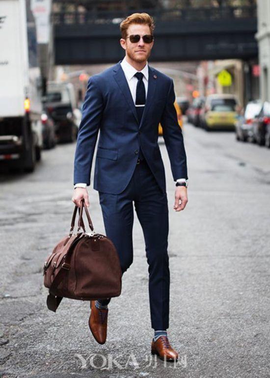 想要一周都帅气逼人不重样 买这5色西装就够了