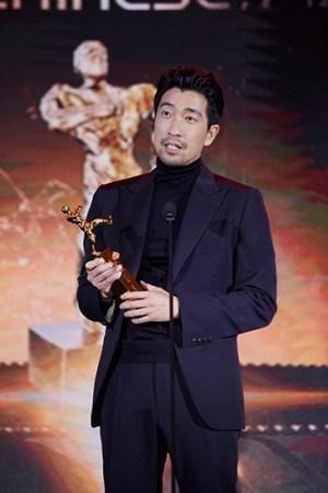 王千源出席盛典视频凭《吾菩萨》v盛典实至名电影先生显灵图片