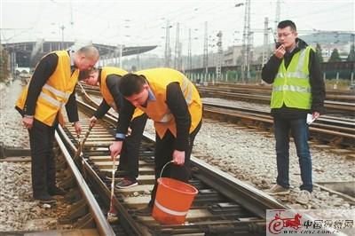 """徐州开展""""冰冻""""应急演练 确保枢纽安全畅通"""