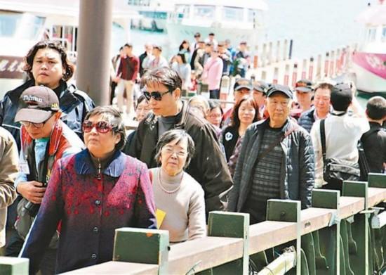 大陆游客10月赴台人数狂减15万 创单月最大跌幅