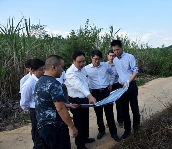 秦昆到响水镇调研旅游项目开发建设