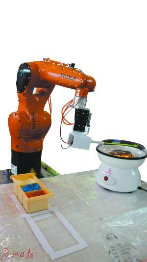 """厉害了工业机器人! 分拣物料""""目光""""精准"""