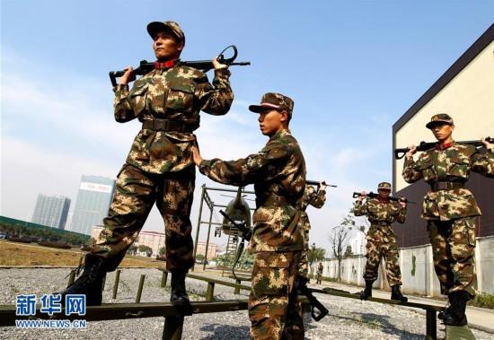 维吾尔族战士成长记