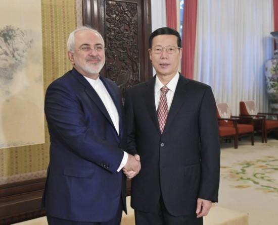 12月5日,中共中央政治局常委、国务院副总理张高丽在北京中南海紫光阁会见伊朗外长扎里夫。