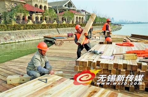 东蠡湖修复亲水木栈道