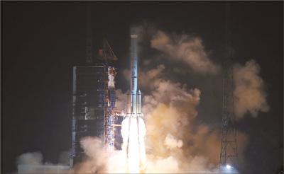 我国成功发射风云四号卫星
