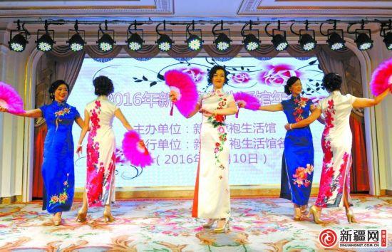 新疆旗袍文化馆落地乌市 艾德莱斯绸增加旗袍新内涵