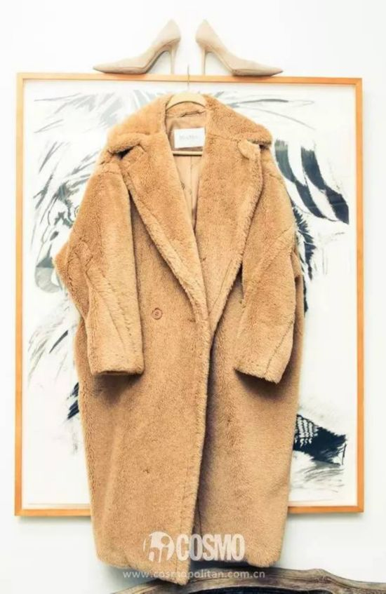 穿这件大衣减龄5岁,信我