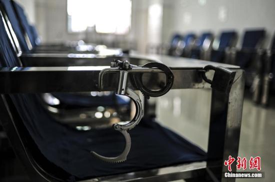 香港吸毒人数下降6% 官员:仍需对毒品保持警觉