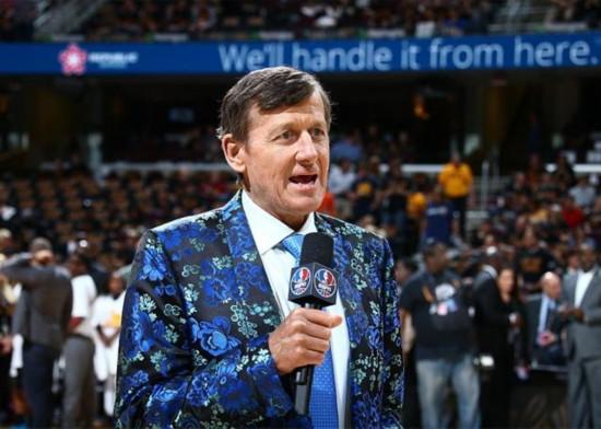 NBA再无彩色西装!著名记者萨格因病逝世