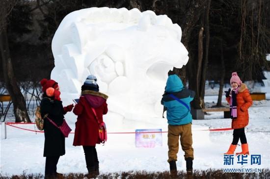 """哈尔滨打造冰雪""""金招牌""""开门纳客(图)"""