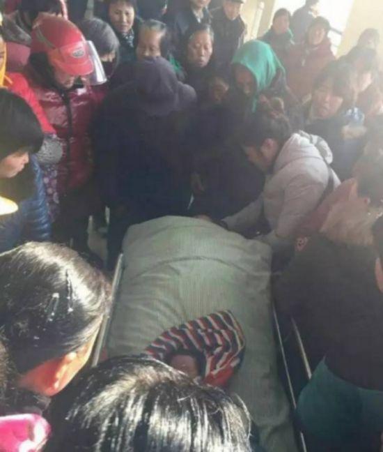 扬州女子分娩突发羊水栓塞 经抢救无效死亡