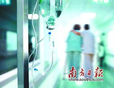 """心血管患者常去医院输液""""通血管"""".(图片来源:南方日报)-输液"""