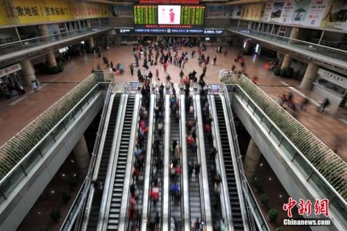铁路今日迎新一轮大调图:昆明至北京仅需12小时