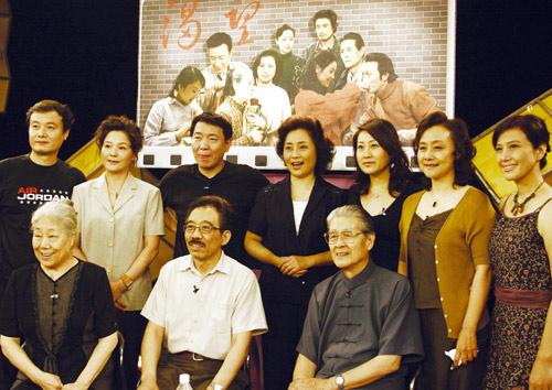 江苏卫视鸡年春晚再打怀旧牌 《渴望》剧组27年后重聚首