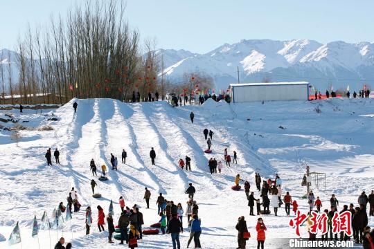 新疆冬季乡村游市场火爆