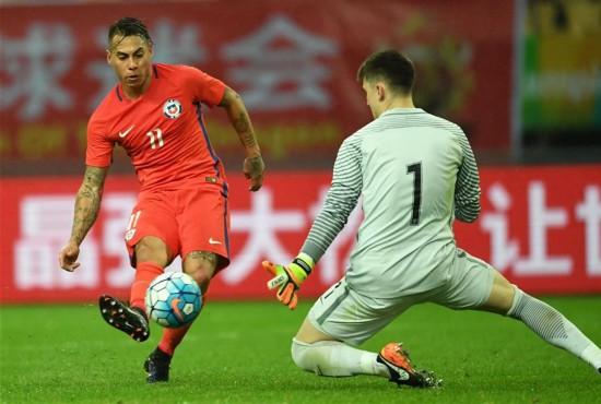 (体育)(14)足球――中国杯:智利胜克罗地亚