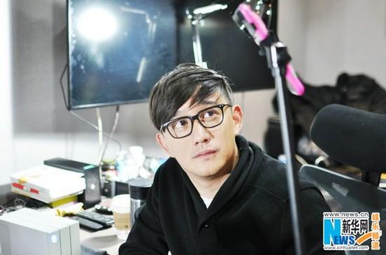 黄磊直播剪辑《麻烦家族》创先河 卖萌搞怪向网友示爱