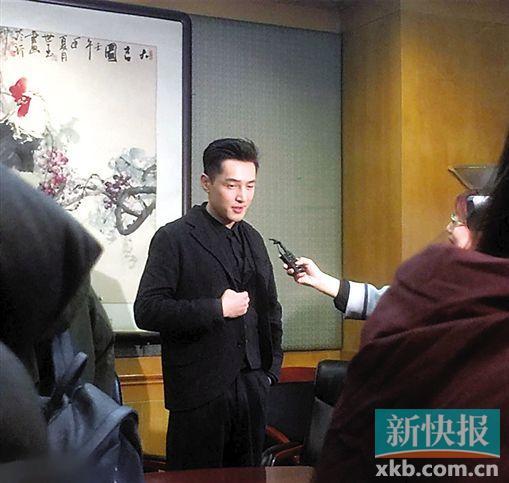 央视鸡年春晚首次大联排 主持人朱军董卿坐镇