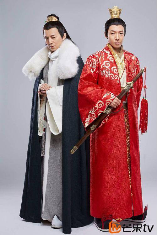 """何炅版""""梅长苏""""与撒贝宁版""""靖王"""""""