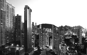 房地产存量市场规模高达200万亿元  房企与地产基金开启轻资产转型之路