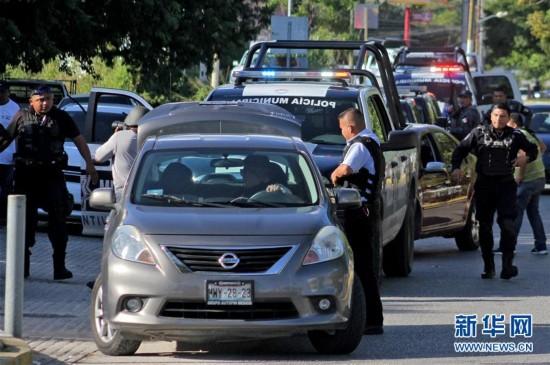(国际)(3)墨西哥一检察院发生枪击事件至少3人死亡
