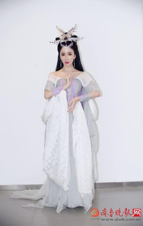 娄艺潇《一年级·毕业季》被赞为最走心老师