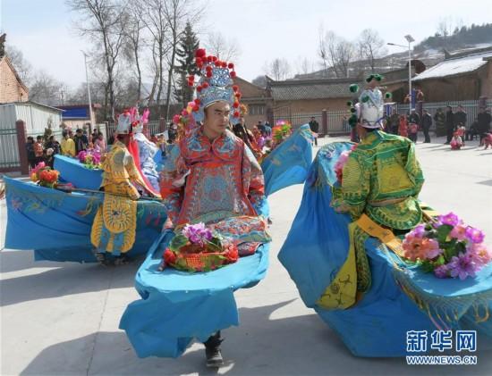 甘肃临夏:民俗表演迎新春