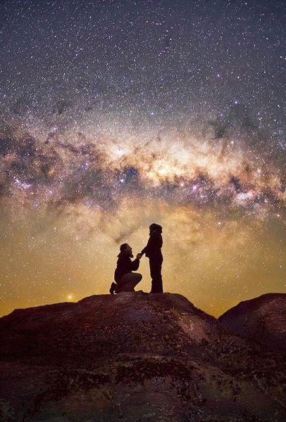 太浪漫!拉美天文摄影师漫天星光下求婚(图)