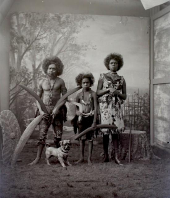澳大利亚土著百年前曾被关欧美动物园四处展览