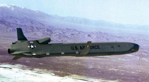 美军开展AGM-86B巡航导弹试射 继续夯实空基核力量