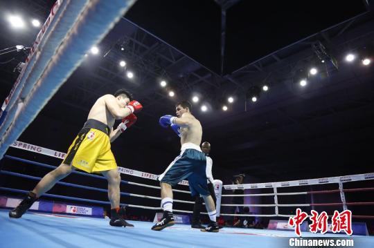 """世界拳击联赛三亚上演""""龙虎斗""""中国龙队逆转获胜"""