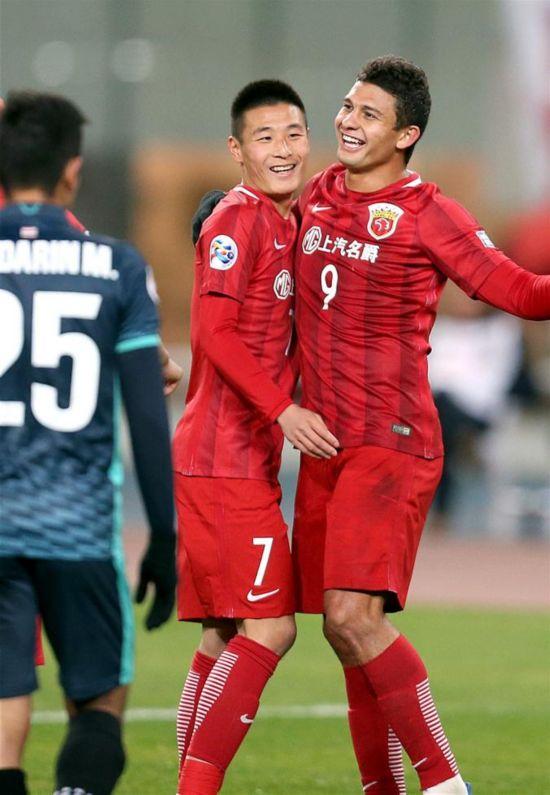 亚冠:上海上港晋级小组赛