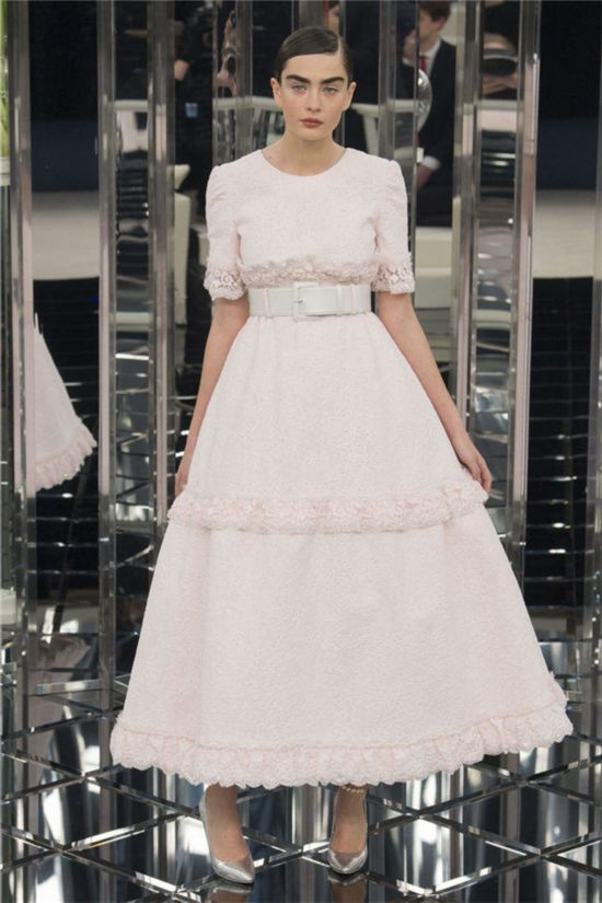 017春夏高定时装周 香奈儿 Chanel 高定时装秀