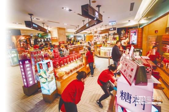 陆客赴台骤减 岛内旅游业者估计一个月就让台湾少赚63亿