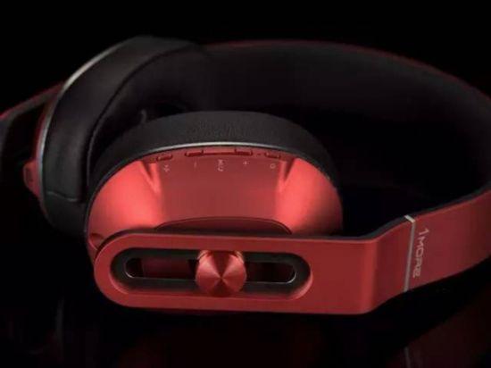 美国知名媒体点赞1MORE轻智能头戴式耳机!1