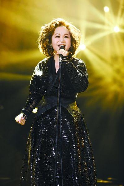 《歌手》:杜丽莎离场歌迷惋惜