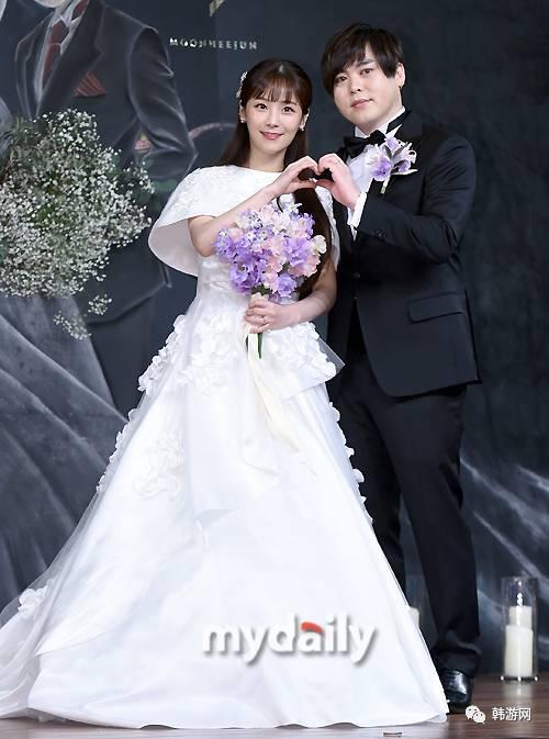 韩国元祖婚礼H.O.T文熙俊漫画惊动半个娱乐圈偶像李大师图片