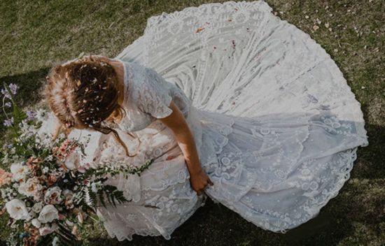 找回1870年婚纱:送去干洗店养护却意外丢失