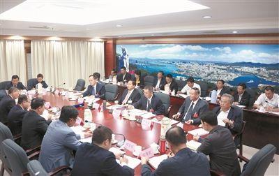 三亚代表团审议政府工作报告 刘赐贵说了啥