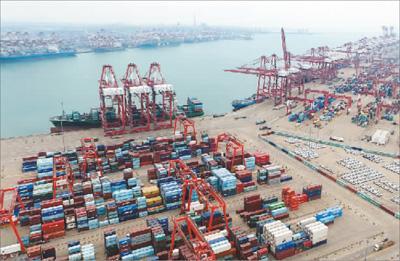 2012甘肃各地gdp_中国12城市GDP跻身万亿俱乐部每个城市都有亮点