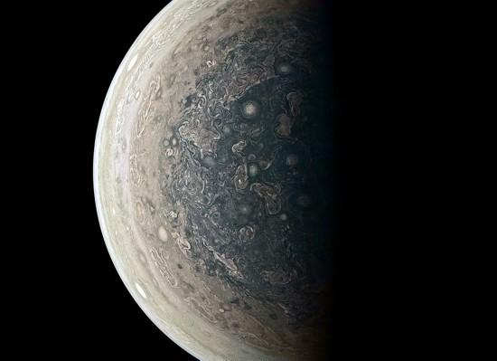 """木星南极高清画面曝光""""朱诺""""号长留错误轨道"""