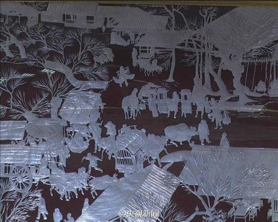 惊艳!6000个易拉罐拼出28米清明上河图(组图)