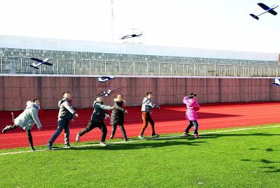 开学季连云港开发区各学校营造温馨学习氛围