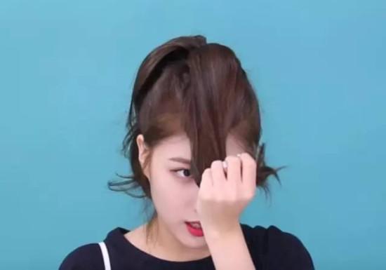 发量少的人怎么扎花瓣头?