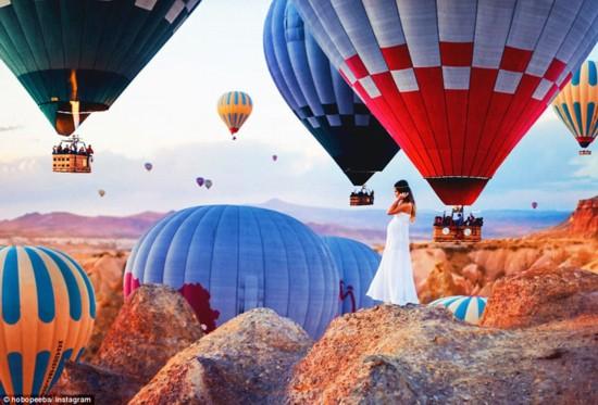 漫天热气球:摄影师镜头下梦幻般的土耳其古城
