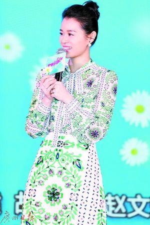 胡杏儿出演《那年花开月正圆》,和孙俪演对手戏