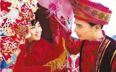 宜州举办壮族婚俗展演